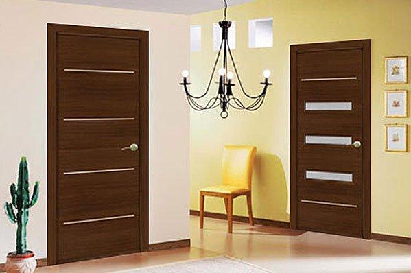 Выбираем дверь в комнату из дерева