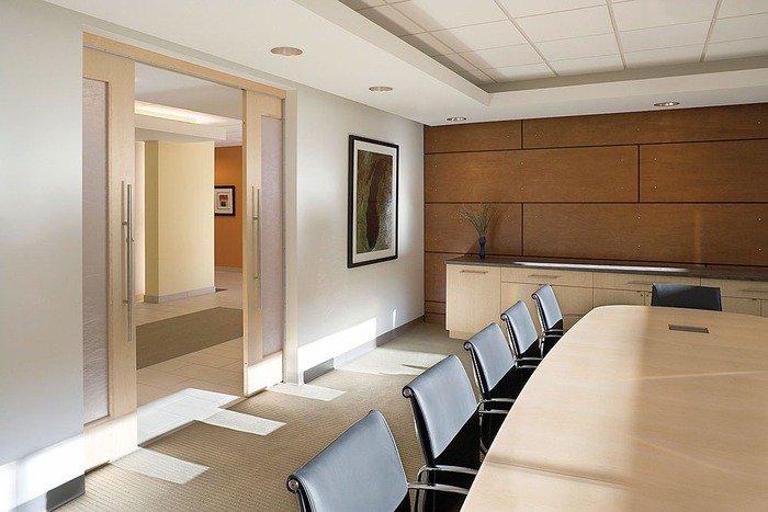 Применение стеновых панелей в ремонте офиса