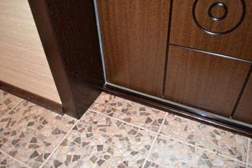 Самостоятельная отделка двери: особенности