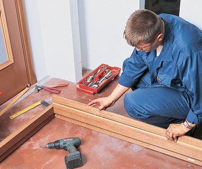 Замена дверей в деревянном доме