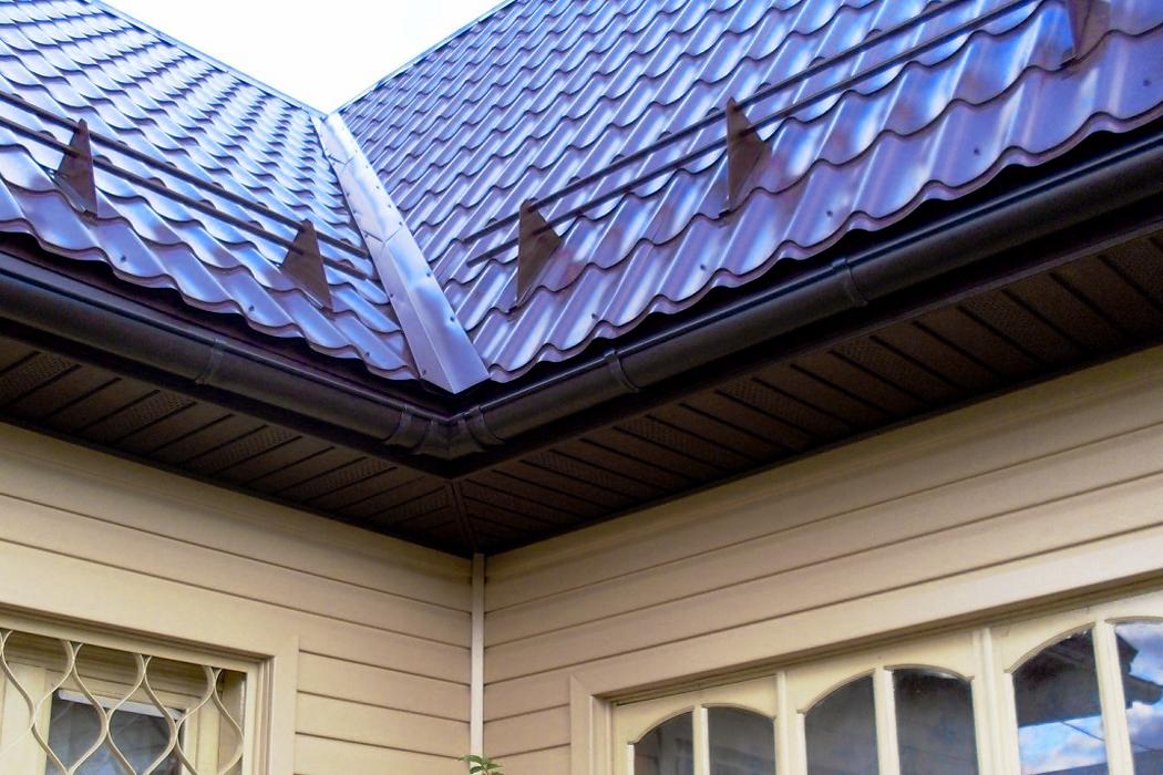 Всё о снегозадержателях для крыши