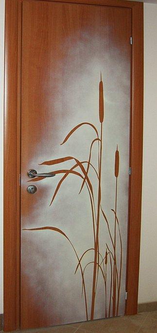 Способы декора дверей