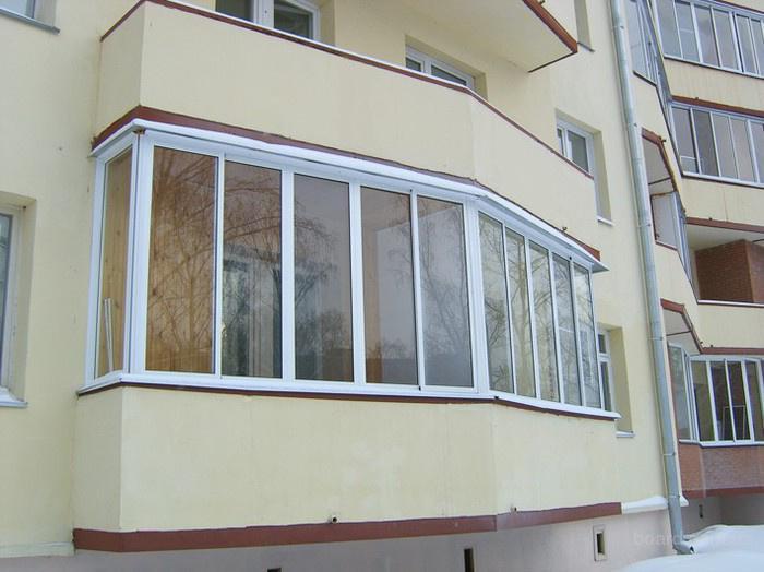 Чем выполнить остекление балкона
