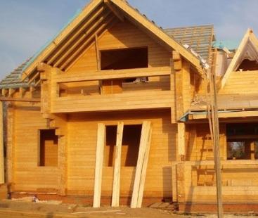 Основные ошибки при строительстве дома из древесины