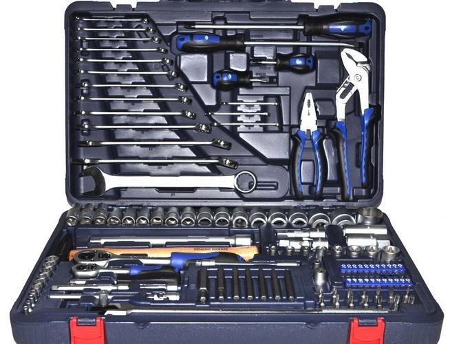 Как купить качественный набор инструментов