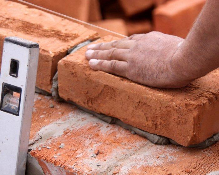 Некоторые правила кладки стен из кирпича