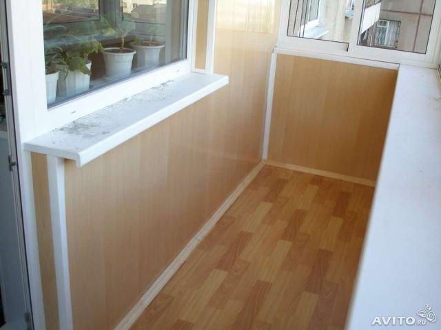 Виды пластиковых панелей для отделки балкона
