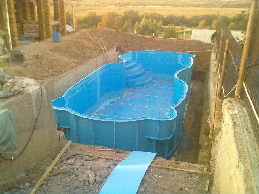 Правильная установка готовых бассейнов