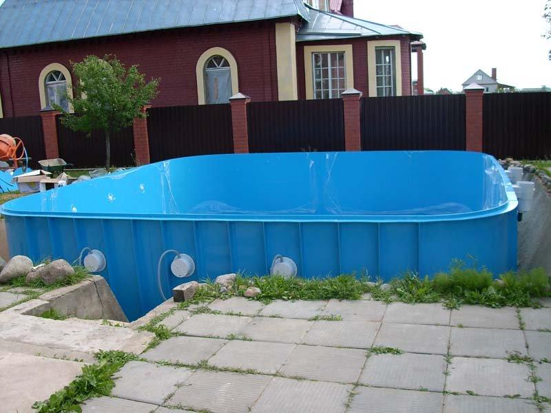 Некоторые особенности бассейнов из полипропилена и их монтаж