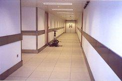 Сфера применения и установка отбойников для стен