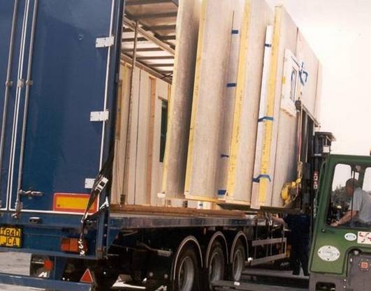 Перевозка грузов при строительстве здания