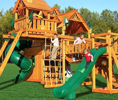 Планировка двора и детские электромобили