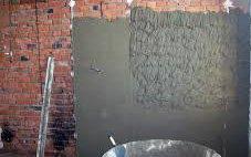 Как оштукатурить стену используя цемент