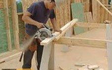 Работа с древесиной с использованием электрических пил
