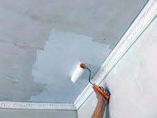 Как покрасить потолок на кухне