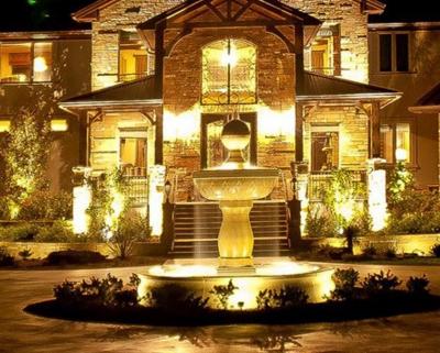 Архитектурное освещение фасадов домов