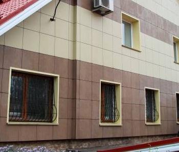 Отделка фасадов коттеджей. Керамогранит