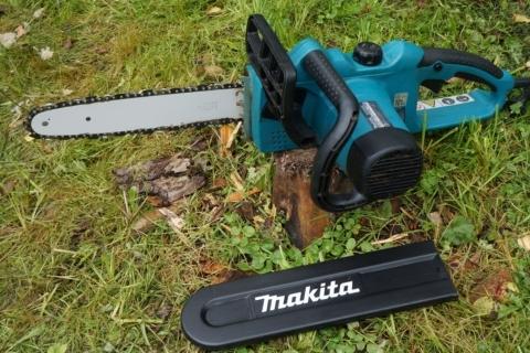 Цепная пила Makita UC 3020 A