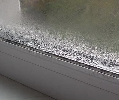 Запотевшие стекла, почему так происходит?