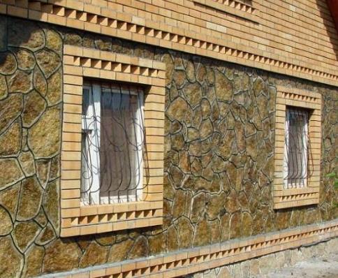 Процесс строительства дома из природного камня