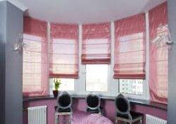 Римские шторы в интерьере помещения