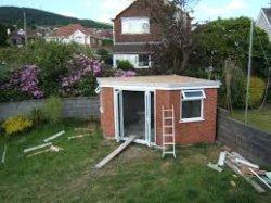 Как построить крышу кирпичного сарая