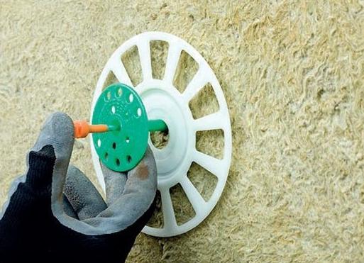 Четыре метода крепления плитных утеплителей