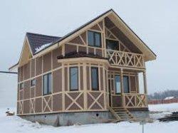 Одноэтажный дом против мансарды