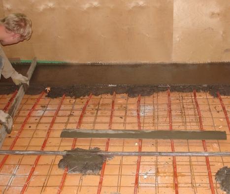 Заливка бетонной стяжки на деревянном полу