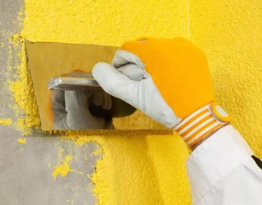 Основные плюсы жидких обоев для отделки стен