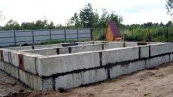 Как построить ленточный фундамент из блоков