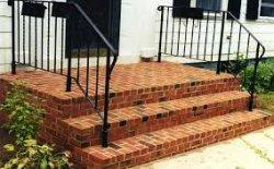 Строим кирпичную лестницу перед входом в дом