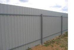 Строим забор на даче