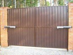 Как установить распашные ворота