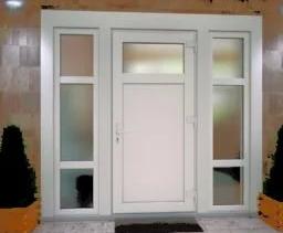 Пластиковые двери и их особенности