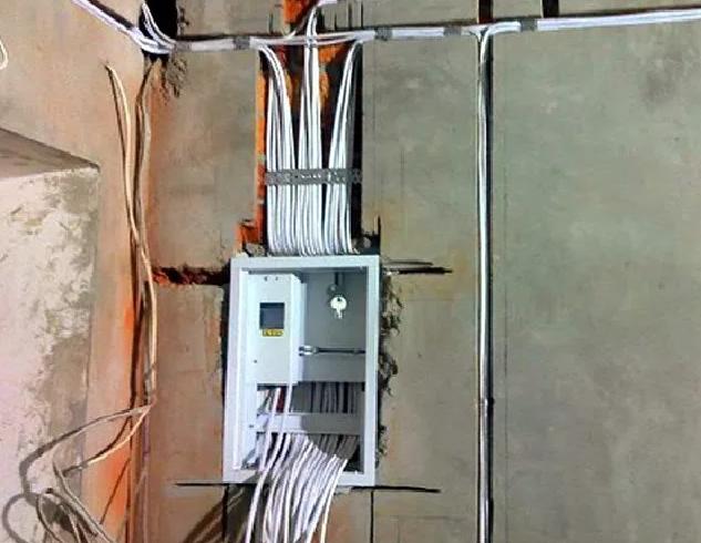 Монтаж внутренней электропроводки