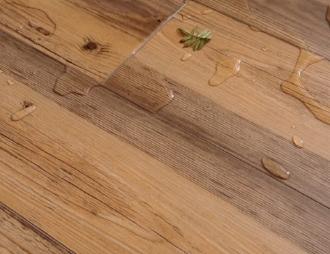 Напольные покрытия для влажных помещений